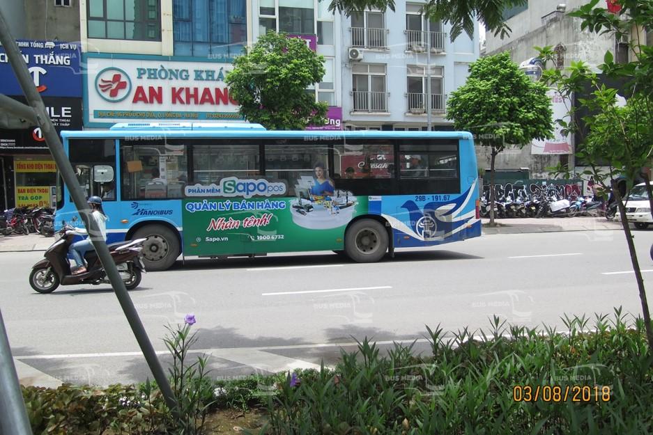 Sapo dán quảng cáo diecut tràn kính xe buýt
