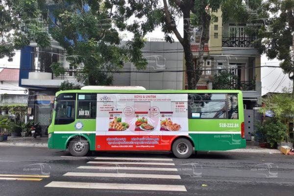 quảng cáo gà koyu trên xe buýt